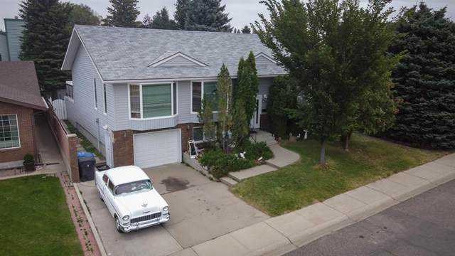 63 Kings Crescent S, Lethbridge, AB T1K 5G6 (#A1026143) :: Calgary Homefinders