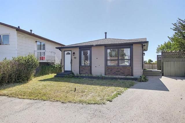 40 Castleglen Crescent NE, Calgary, AB T3J 1N3 (#A1026709) :: Calgary Homefinders