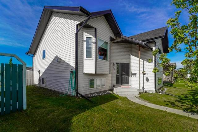 77 Stanford Boulevard, Blackfalds, AB T0M 0J0 (#A1027718) :: Western Elite Real Estate Group