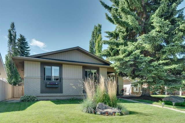 439 Parkview Crescent SE, Calgary, AB T2J 4N8 (#A1027937) :: Canmore & Banff
