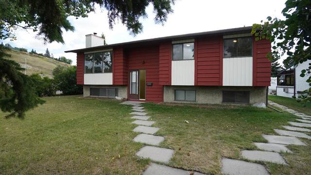 2 Glenbrook Crescent, Cochrane, AB T4C 1E7 (#A1027996) :: Western Elite Real Estate Group