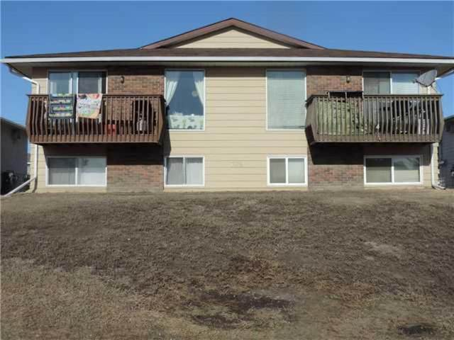 703 4 Street SW, Drumheller, AB T0J 0Y6 (#A1029050) :: Redline Real Estate Group Inc