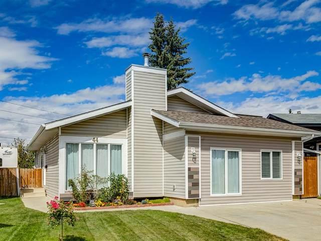 44 Maitland Green NE, Calgary, AB T2A 6E2 (#A1030134) :: Canmore & Banff