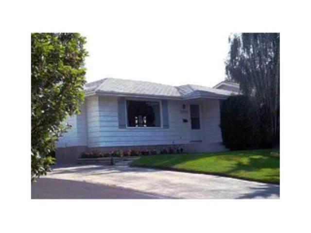 5964 Dalridge Hill NW, Calgary, AB T3A 1L9 (#A1030500) :: Redline Real Estate Group Inc