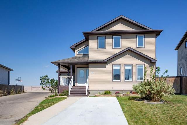 675 Aberdeen Crescent W, Lethbridge, AB T1J 5A9 (#A1030828) :: Canmore & Banff