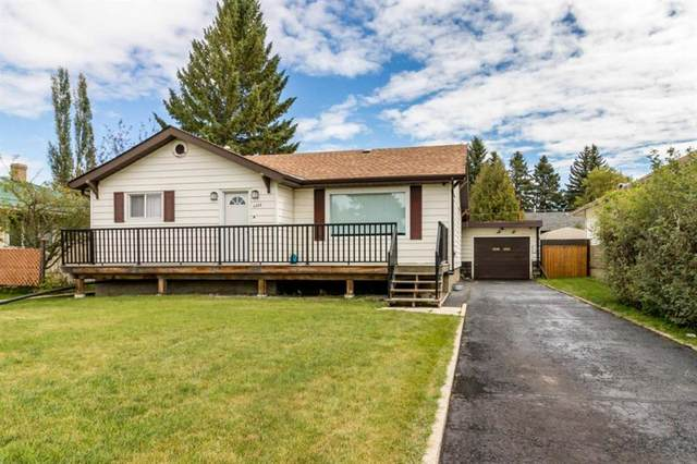 4408 50 Avenue, Innisfail, AB T4G 1M4 (#A1031840) :: Canmore & Banff