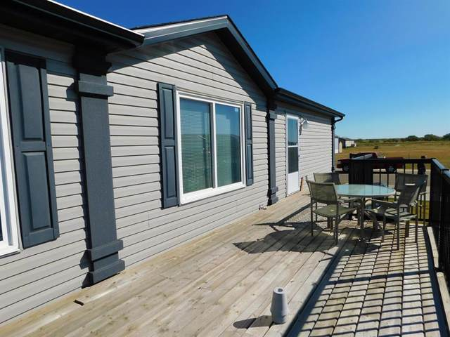 11 Meadowplace Manor E, Brooks, AB T1R 0W9 (#A1032405) :: Western Elite Real Estate Group