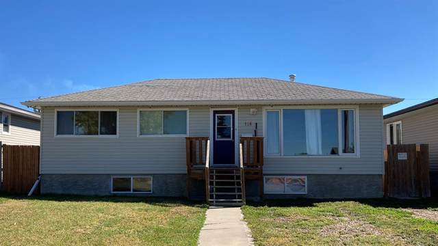 114 4 Street NW, Redcliff, AB T0J 2P0 (#A1032461) :: Redline Real Estate Group Inc