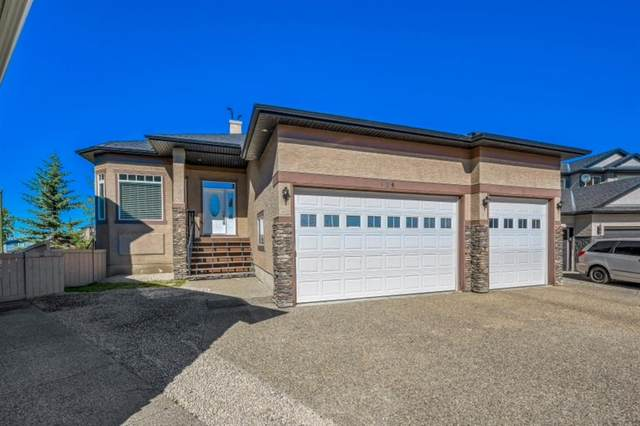 424 East Lakeview Place, Chestermere, AB T1X 1W3 (#A1033647) :: Canmore & Banff