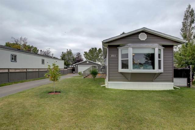 811 Briarwood Road, Strathmore, AB T1P 1E2 (#A1033667) :: Canmore & Banff