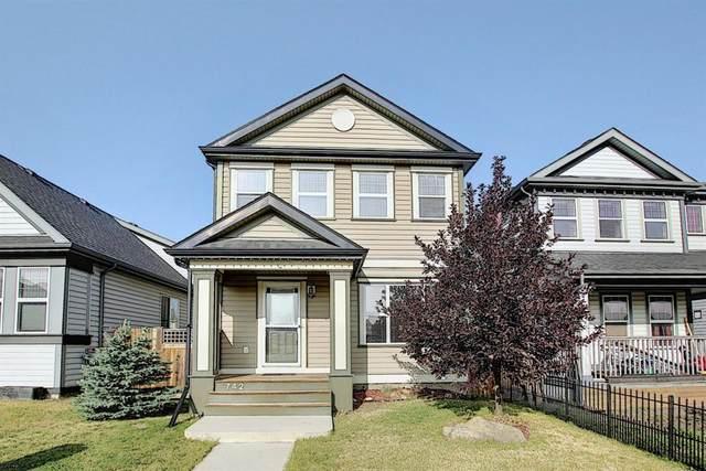 742 Everridge Drive SW, Calgary, AB T2Y 4W5 (#A1034563) :: Redline Real Estate Group Inc