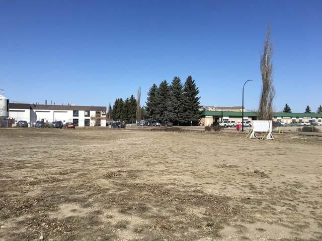 5441 45 Street, Red Deer, AB T4N 1L2 (#A1034592) :: Western Elite Real Estate Group