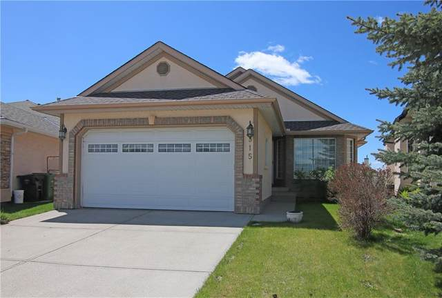 315 Scenic View Bay NW, Calgary, AB T3L 1Z7 (#A1035416) :: Canmore & Banff