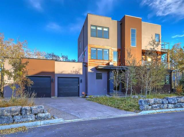 38 Posthill Drive SW, Calgary, AB T3H 0A8 (#A1036295) :: Calgary Homefinders