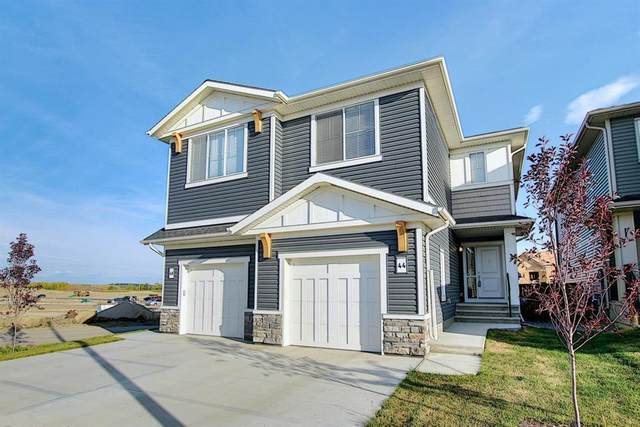 44 Emberside Place, Cochrane, AB T4C 2L8 (#A1036728) :: Canmore & Banff