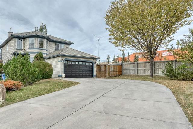 133 Edgeridge Gardens NW, Calgary, AB T3A 5Y8 (#A1037319) :: Calgary Homefinders
