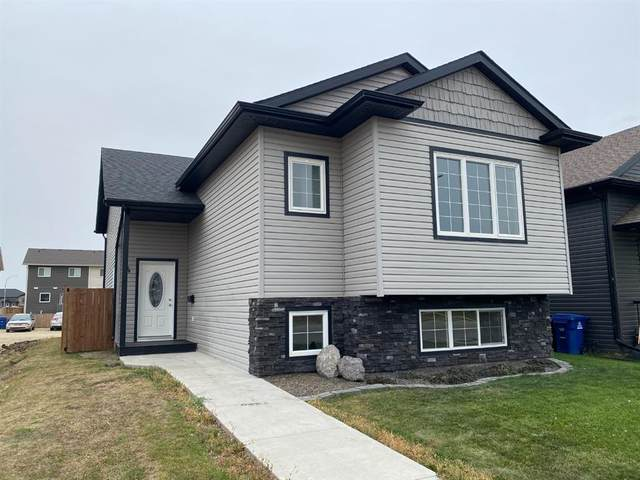 34 Coachman Way, Blackfalds, AB T0M 0J0 (#A1037974) :: Canmore & Banff