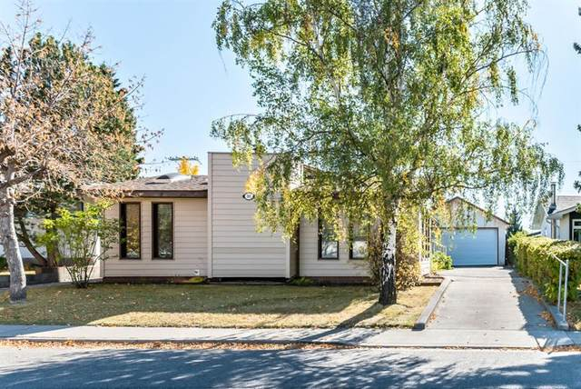 383 Westwood Drive SW, Calgary, AB T3C 2W5 (#A1038030) :: Canmore & Banff