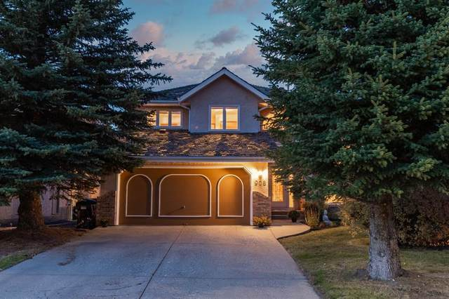 908 Shawnee Drive SW, Calgary, AB T2Y 2G9 (#A1039123) :: Western Elite Real Estate Group