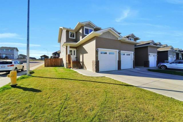 121 Henderson Crescent, Penhold, AB T0M 1R0 (#A1039126) :: Canmore & Banff