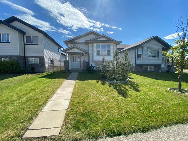 72 Pinnacle Boulevard, Grande Prairie, AB T8W 2X4 (#A1039706) :: Canmore & Banff