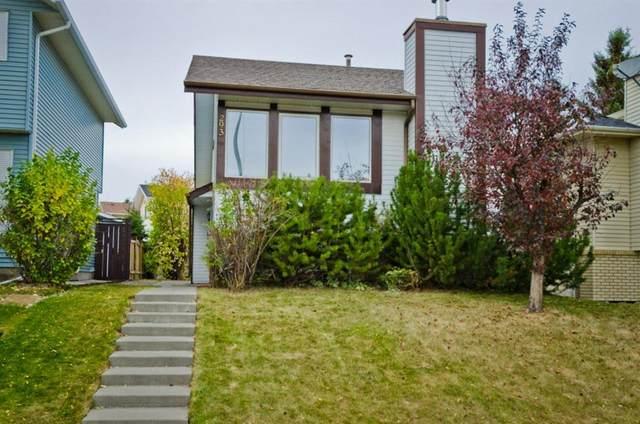293 Edgepark Boulevard NW, Calgary, AB T3A 4K4 (#A1040122) :: Canmore & Banff