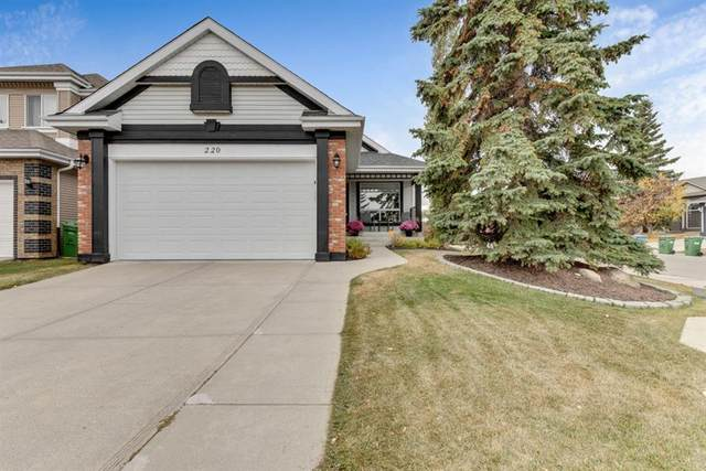 220 Citadel Close NW, Calgary, AB T3G 4A4 (#A1040912) :: Western Elite Real Estate Group