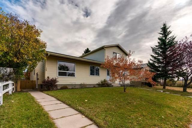 12 Falconridge Close NE, Calgary, AB  (#A1041187) :: Canmore & Banff