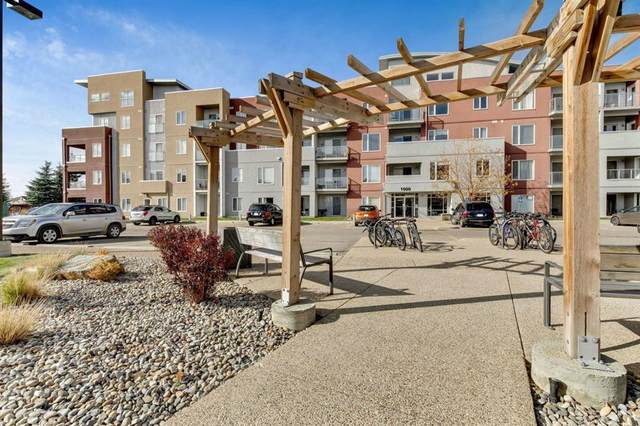 604 East Lake Boulevard NE #1409, Airdrie, AB T4A 0G5 (#A1041899) :: Canmore & Banff