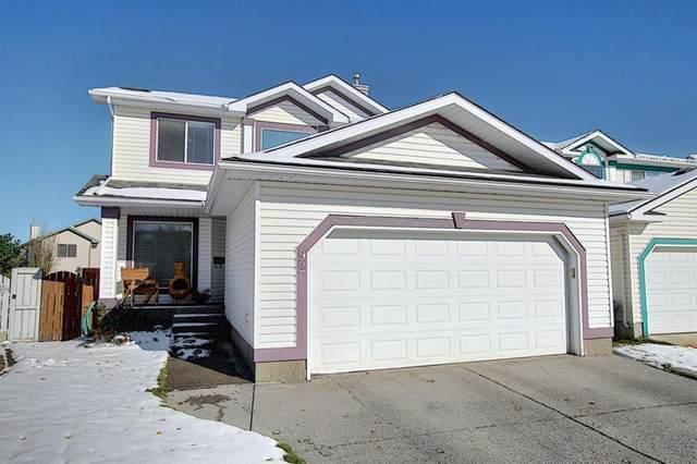 92 Shawbrooke Manor SW, Calgary, AB T2Y 3L8 (#A1042061) :: Canmore & Banff
