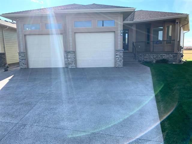 3376 28 Street S #14, Lethbridge, AB T1K 5W6 (#A1042333) :: Canmore & Banff