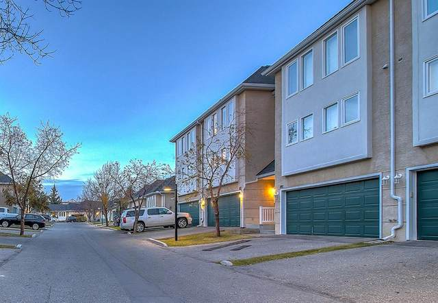 82 Candle Terrace SW, Calgary, AB T2W 6G7 (#A1042723) :: Canmore & Banff