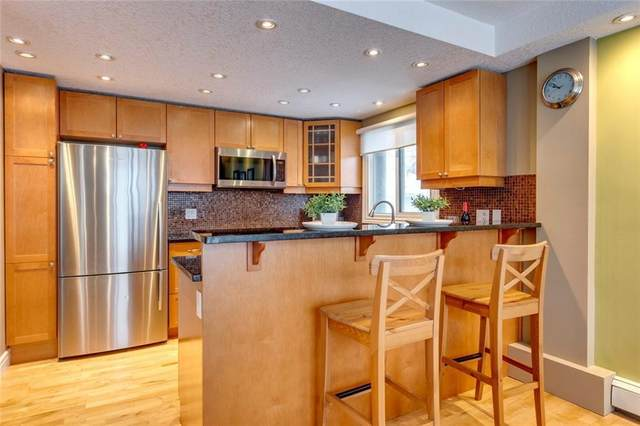 806 9A Street NW, Calgary, AB T2N 1V1 (#A1042958) :: Canmore & Banff