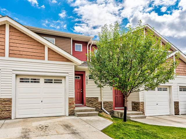 107 Pantego NW, Calgary, AB T3K 0T1 (#A1043060) :: Canmore & Banff