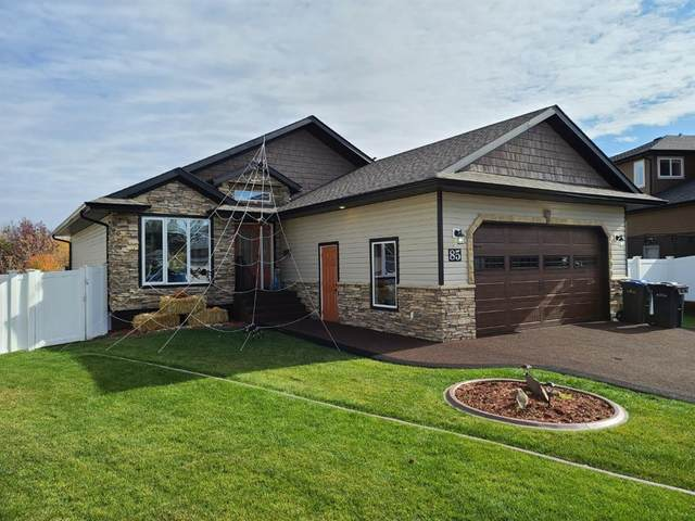 85 Fieldstone Way, Sylvan Lake, AB T4S 1R1 (#A1043845) :: Canmore & Banff
