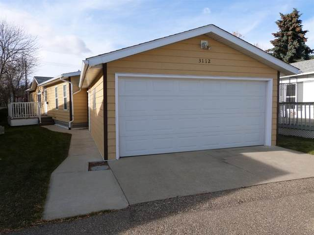 3112 29 Street, Lethbridge, AB T1K 7J9 (#A1049016) :: Redline Real Estate Group Inc