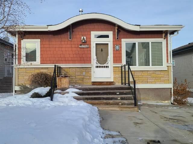 4090 25054 SOUTH PINE LAKE Road, Rural Red Deer County, AB T0M 1R0 (#A1058431) :: Calgary Homefinders