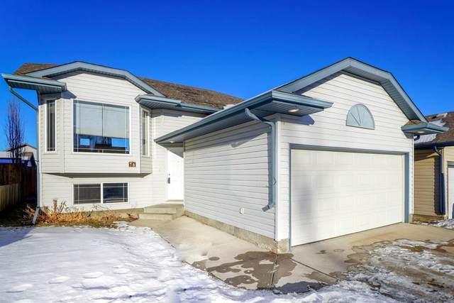 76 Wilkinson Circle, Sylvan Lake, AB T4S 2N9 (#A1060062) :: Calgary Homefinders