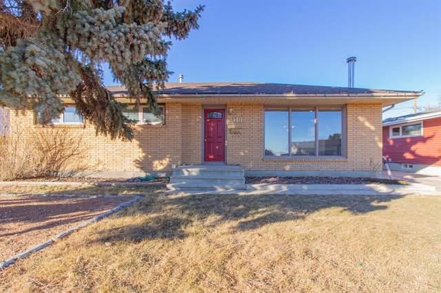 1418 11 Avenue NE, Medicine Hat, AB T1A 6G8 (#A1060544) :: Calgary Homefinders