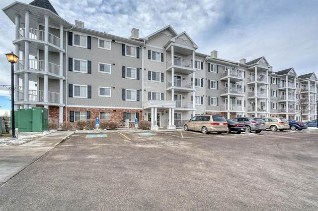31 Country Village Manor NE, Calgary, AB T3K 0T3 (#A1061036) :: Greater Calgary Real Estate