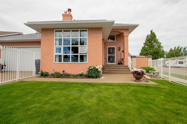 10 Heritage Close W, Lethbridge, AB T1K 6R9 (#A1061296) :: Canmore & Banff