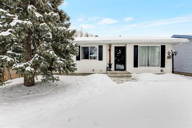 105 Carr Place, Okotoks, AB T1S 1A5 (#A1064489) :: Western Elite Real Estate Group