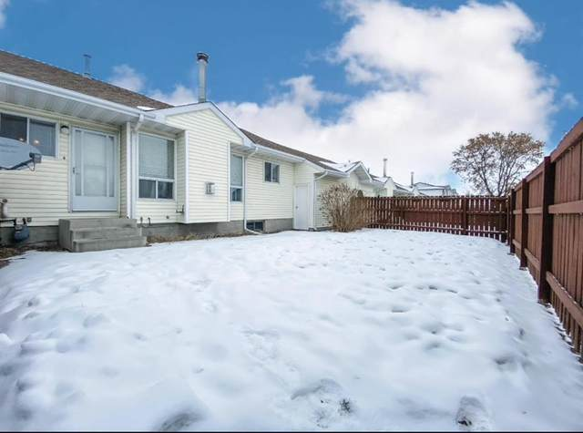 1330 1 Avenue #8, Wainwright, AB T9W 1L1 (#A1072529) :: Calgary Homefinders