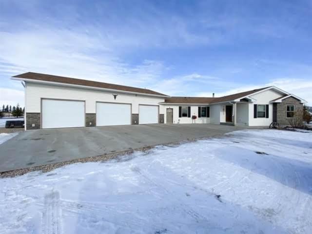 24 Buckley Boulevard, Wainwright, AB T9W 1T2 (#A1073863) :: Calgary Homefinders