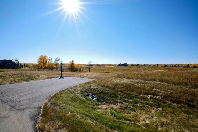 61 Silverhorn Boulevard, Rural Rocky View County, AB T3R 0X3 (#A1074297) :: Western Elite Real Estate Group