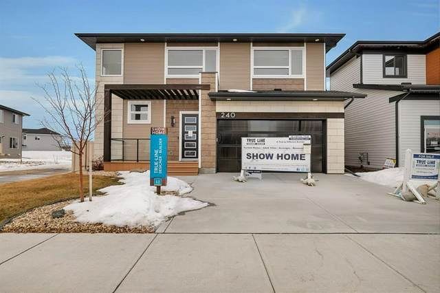 240 Ellington Crescent, Red Deer, AB T4P 3E1 (#A1076832) :: Greater Calgary Real Estate