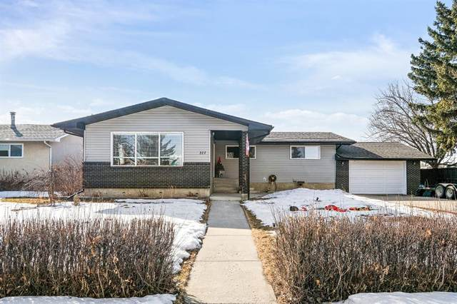 311 Tony Stiles Way, Carstairs, AB T0M 0N0 (#A1076992) :: Greater Calgary Real Estate