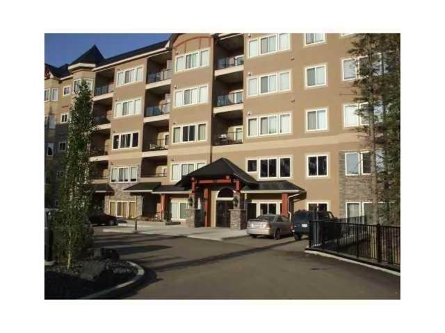 20 Discovery Ridge Close SW #517, Calgary, AB T3H 5X4 (#A1077403) :: Western Elite Real Estate Group