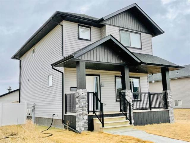 97 Aztec Crescent N, Blackfalds, AB T4M 0M7 (#A1086701) :: Calgary Homefinders
