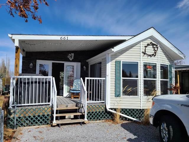 661 Carefree Resort, Rural Red Deer County, AB T4G 0K6 (#A1090611) :: Redline Real Estate Group Inc